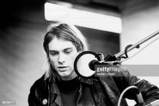 HILVERSUM Photo of NIRVANA and Kurt COBAIN Kurt Cobain recording in Hilversum Studios with microphone