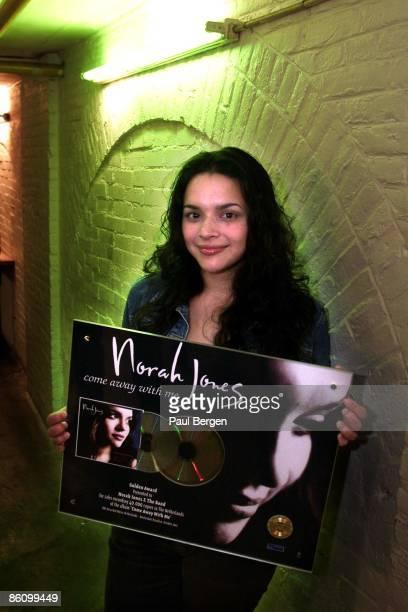 Photo of Norah JONES AmsterdamParadiso Nieuwe Amerikaanse ster Norah Jones opnieuw in Paradiso Gisteravond heeft Norah Jones in een uitverkocht...