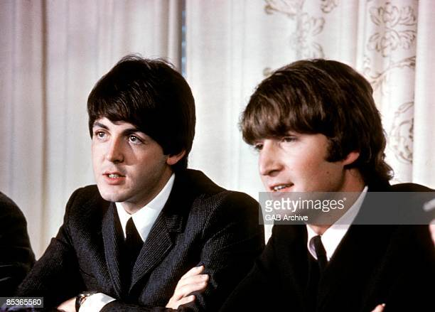 Photo of Paul McCARTNEY and BEATLES and John LENNON