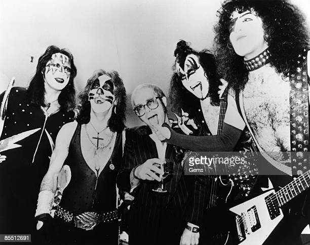 USA Photo of Peter CRISS and KISS and Gene SIMMONS and Elton JOHN and Paul STANLEY and Ace FREHLEY LR Ace Frehley Peter Criss Elton John Gene Simmons...