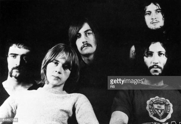 Photo of Peter GREEN and Jeremy SPENCER and Mick FLEETWOOD and Danny KIRWAN and John McVIE and FLEETWOOD MAC Posed group portrait LR John McVie Danny...