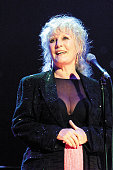 Photo of petula clark bacharach concert picture id91142210?s=170x170