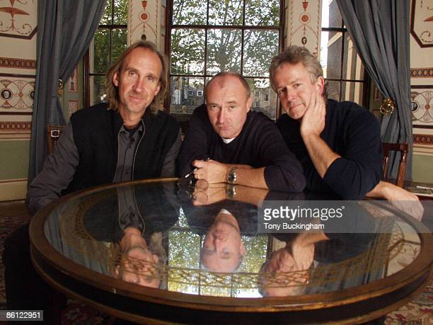 Photo of Phil COLLINS and Mike RUTHERFORD and GENESIS and Tony BANKS LR Mike Rutherford Phil Collins Tony Banks posed group shot