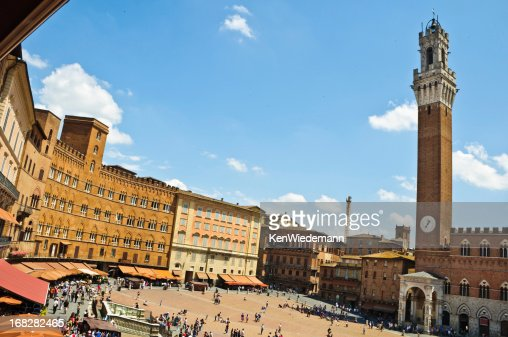 Photo of Piazza del Campo-Siena on a sunny day