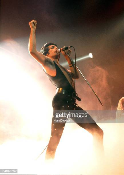Photo of QUEEN and Freddie MERCURY Freddie Mercury performing live on stage
