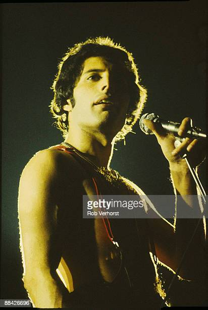 AHOY Photo of QUEEN Freddie Mercury performing live on stage