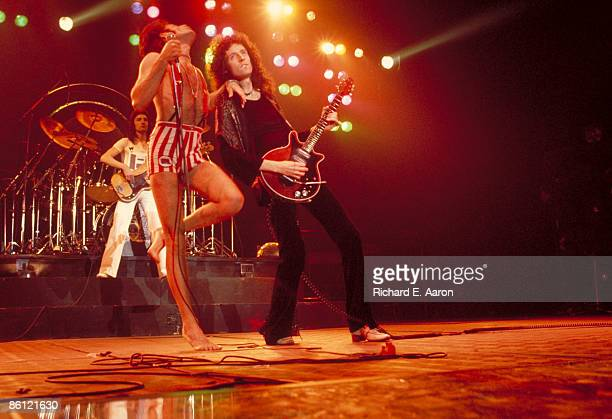 GARDEN Photo of QUEEN John Deacon Freddie Mercury Brian May performing on stage