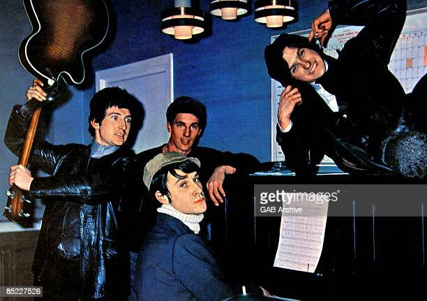 Photo of Ray DAVIES and Mick AVORY and KINKS and Dave DAVIES and Pete QUAIFE Group portrait LR Pete Quaife Mick Avory Ray Davies and Dave Davies