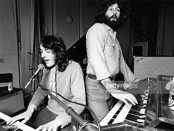 STUDIOS Photo of Rick DAVIES and Roger HODGSON and SUPERTRAMP LR Roger Hodgson Rick Davies in rehearsal
