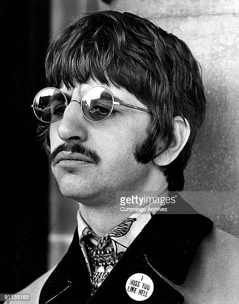 Photo of Ringo STARR and BEATLES Beatles era arriving at Queen Charlotte's Hospital on the birth of his son Jason Starkey