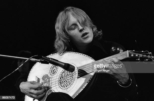 Photo of Robin WILLIAMSON and INCREDIBLE STRING BAND