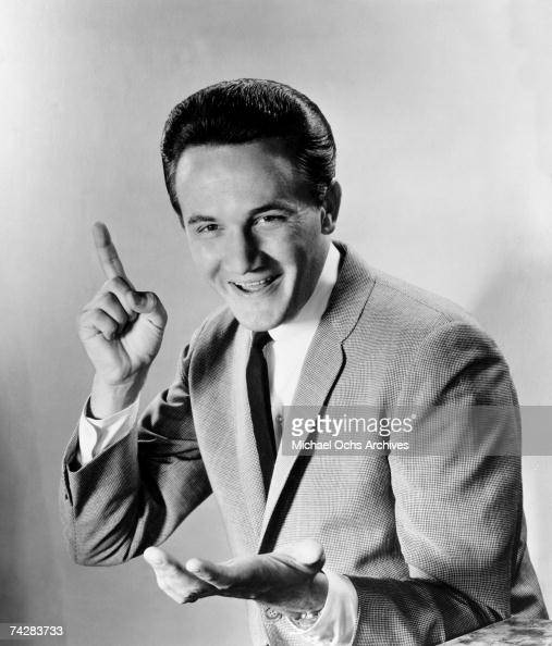 Photo of Roger Miller Photo by Michael Ochs Archives/Getty Images