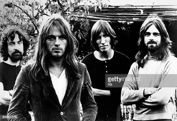 Photo of Roger WATERS and Rick WRIGHT and PINK FLOYD and Nick MASON and David GILMOUR Posed group portrait of Pink Floyd LR Nick Mason David Gilmour...