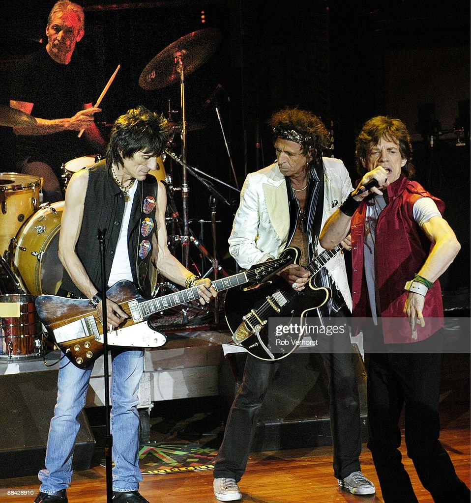 Charlie Watts (back), Ron Wood (Ronnie Wood), <a gi-track='captionPersonalityLinkClicked' href=/galleries/search?phrase=Keith+Richards+-+Musician&family=editorial&specificpeople=202882 ng-click='$event.stopPropagation()'>Keith Richards</a>, <a gi-track='captionPersonalityLinkClicked' href=/galleries/search?phrase=Mick+Jagger&family=editorial&specificpeople=201786 ng-click='$event.stopPropagation()'>Mick Jagger</a> performing live onstage on Bridges To Babylon tour