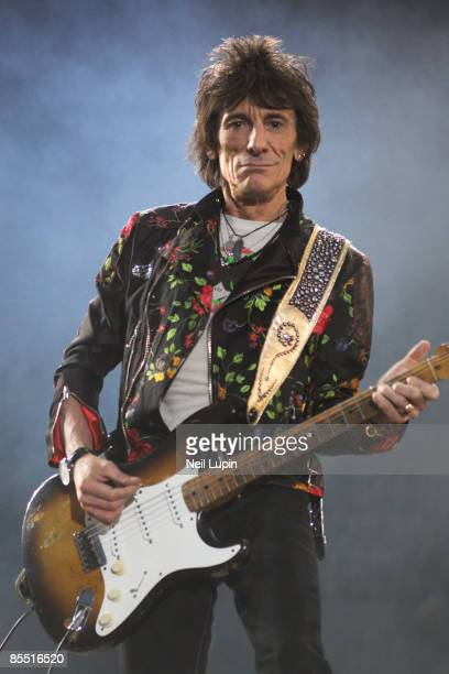 FESTIVAL Photo of Ronnie WOOD and Ron WOOD and ROLLING STONES Ron Wood performing live onstage playing Fender Stratocaster guitar
