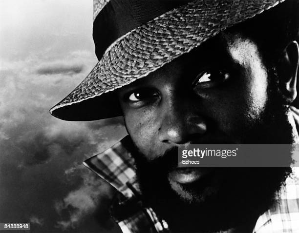 Photo of Roy AYERS Posed portrait of Roy Ayers