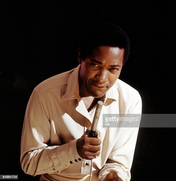 Photo of Sam COOKE Posed portrait of Sam Cooke MusicBrainz 6c8fd0bed961454caee04366a6dbc993