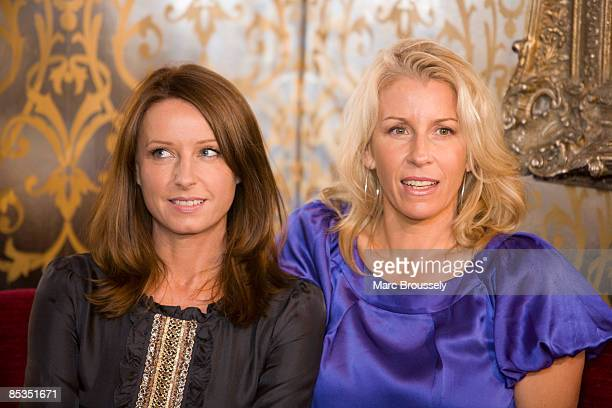 Photo of Sarah DALLIN and Keren WOODWARD and BANANARAMA Keren Woodward and Sara Dallin at the launch of the Here and Now Tour 2008