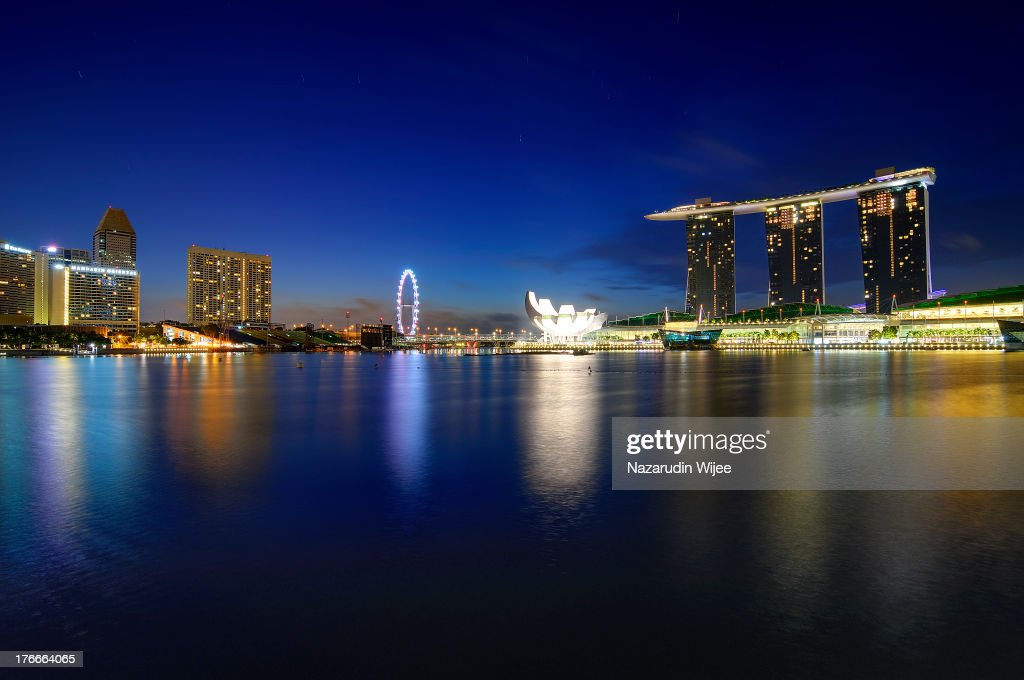 Singapore 2-Night Hotel Package with Tour and Transfer   1 Free ...