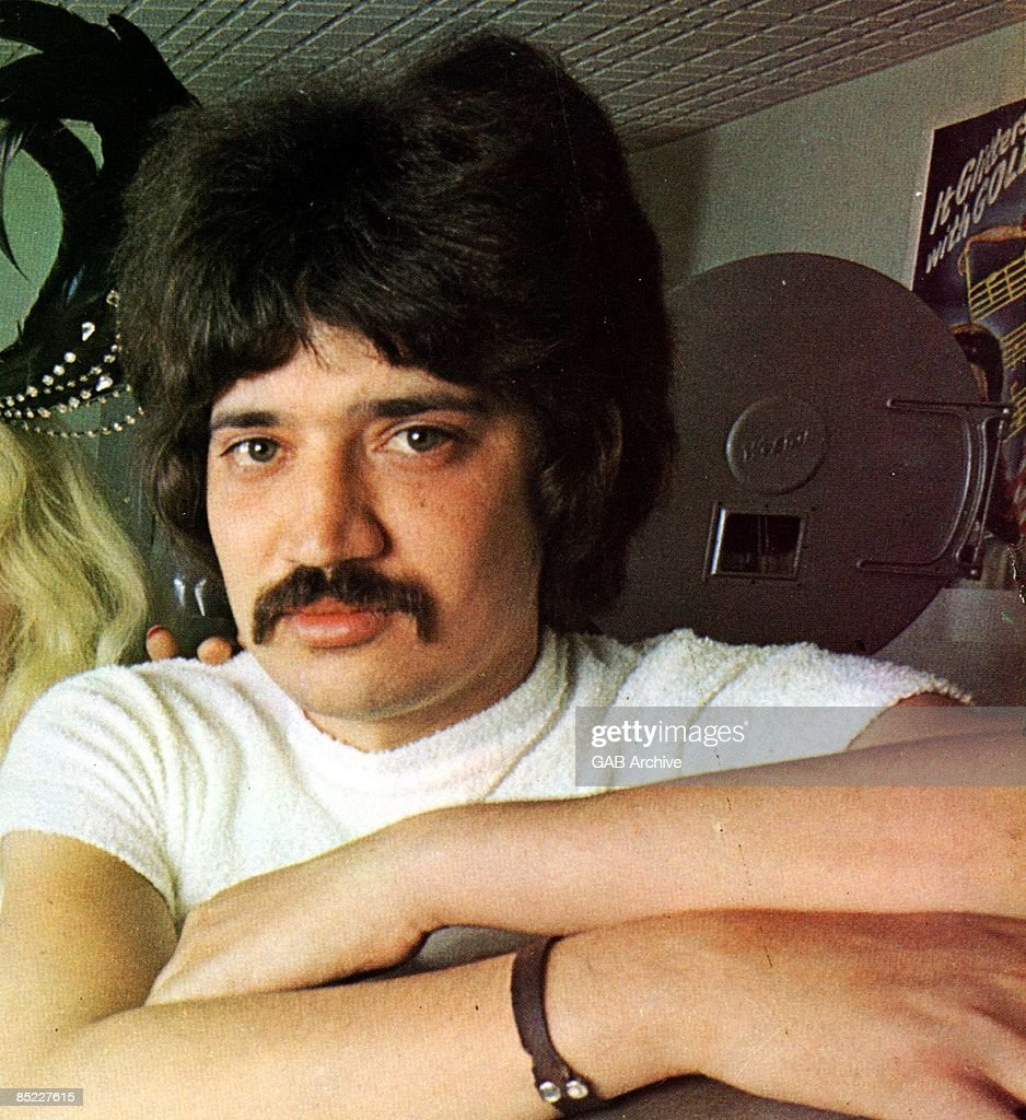 Photo of singer Peter Sarstedt posed circa 1969.