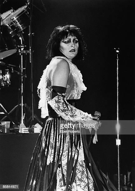 Photo of SIOUXSIE AND THE BANSHEES and Siouxsie SIOUX and SIOUXSIE The Banshees Siouxsie Sioux