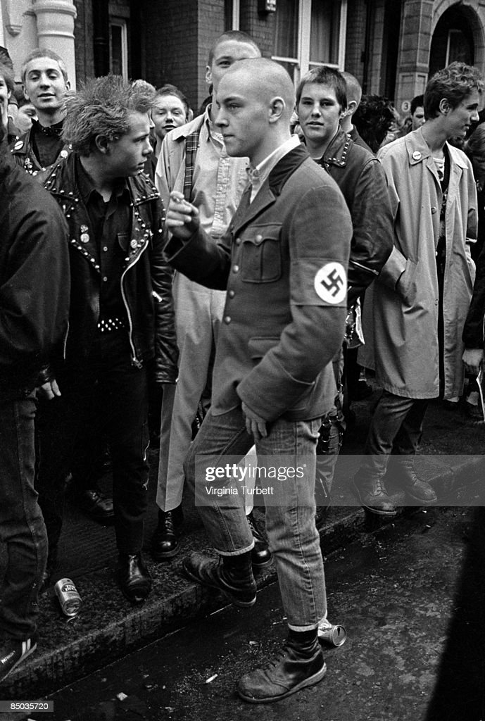 Photo of SKINHEADS and 80'S STYLE and 70'S STYLE and PUNKS; Punk mourners on the Sid Vicious memorial march