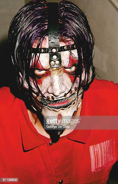Photo of SLIPKNOT James Root Photo by George De Sota /Redferns