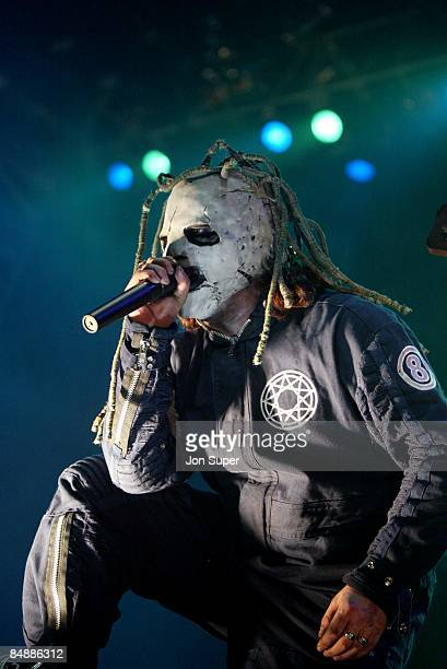 Photo of Slipknot Slipknot play the Manchester Apollo 2002