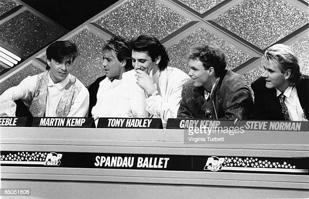 Photo of SPANDAU BALLET recording the Christmas Pop Quiz Hosted by Mike Read