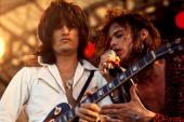 Photo of Steven TYLER and AEROSMITH and Joe PERRY Joe Perry Steven Tyler performing live onstage