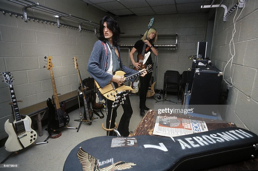 GARDEN Photo of Tom HAMILTON and Joe PERRY and AEROSMITH Joe Perry backstage at Madison Square Garden with BC Rich Mockingbird guitar