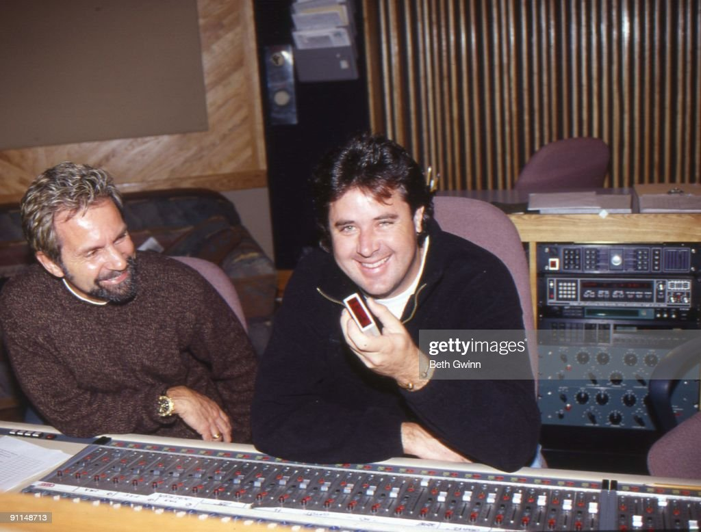 NASHVILLE Photo of Tony BROWN and Vince GILL w/producer Tony Brown