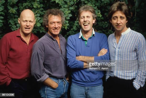 Photo of Tony HICKS and HOLLIES and Graham NASH and Bobby ELLIOTT and Allan CLARKE LR Bobby Elliott Allan Clarke Graham Nash Tony Hicks posed group...
