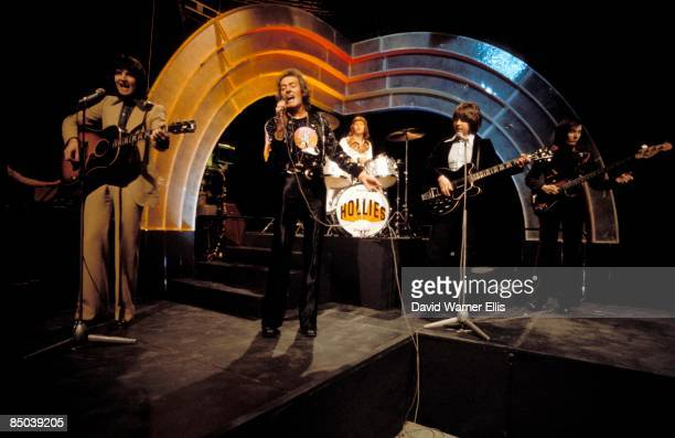 POPS Photo of Tony HICKS and Terry SYLVESTER and HOLLIES and Bobby ELLIOTT and Bernie CALVERT and Allan CLARKE LR Terry Sylvester Allan Clarke Bobby...