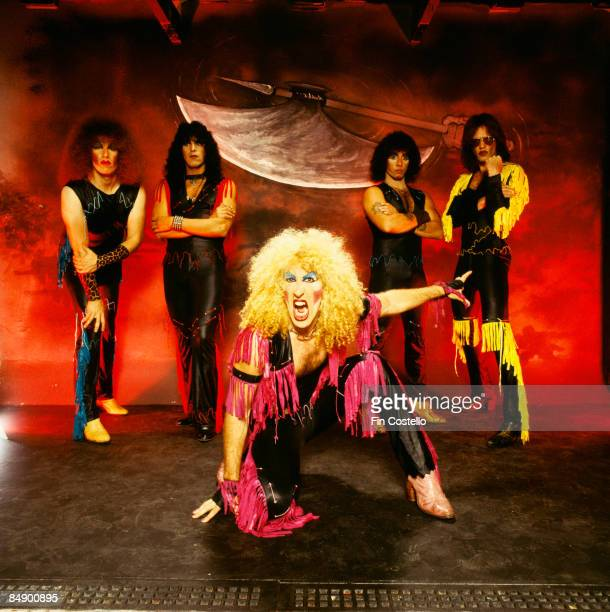 Photo of TWISTED SISTER and Mark MENDOZA and Eddie OJEDA and Dee SNIDER and AJ PERO and JJ FRENCH Posed studio group portrait L R Mark Mendoza Eddie...