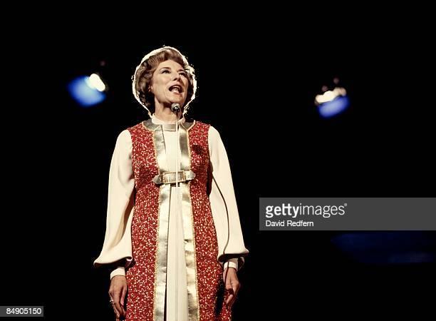 Photo of Vera LYNN Vera Lynn performing on stage
