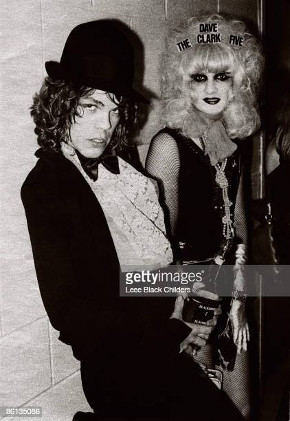 Photo of Wayne COUNTY and David JOHANSEN and Jayne COUNTY and NEW YORK DOLLS LR David Johansen Jayne County