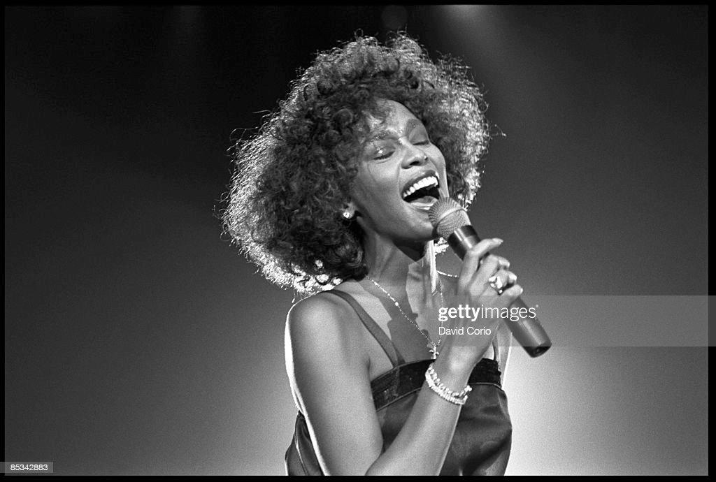 ARENA Photo of Whitney HOUSTON, Whitney Houston performing on stage