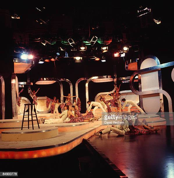 STUDIO Photo of YOUNG GENERATION The Young Generation dance group performing on tv show 271