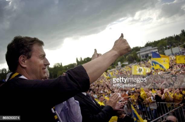 'TROPHEE DES CHAMPIONS ALAIN PERRIN UN MATCH PARTICULIER POUR MOI' Photo prise le 13 mai 2007 à Montbéliard de l'actuel entraîneur de l'Olympique...