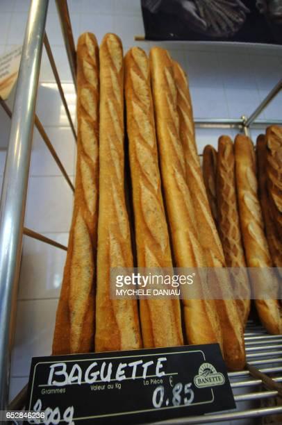 Photo prise le 27 août 2007 chez un boulanger à Caen Le prix du pain devrait de nouveau augmenter légèrement à la rentrée tant chez les artisans que...