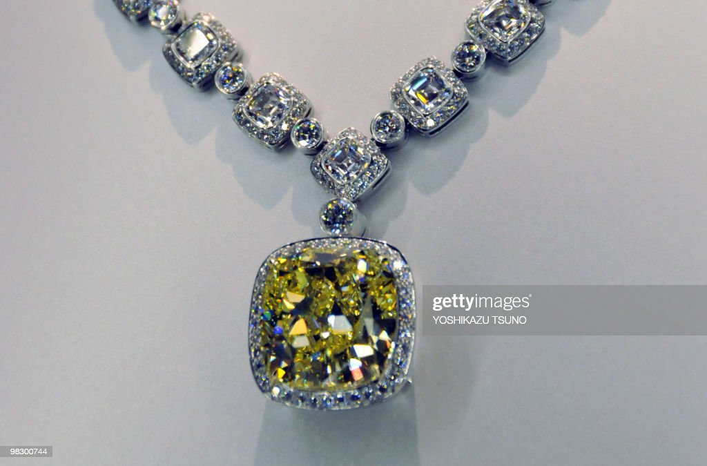 Photo shows a 2034carat yellow diamond neclace by US luxury jeweller Tiffany with a price of 359 million yen in Tokyo on April 7 2010 AFP PHOTO /...