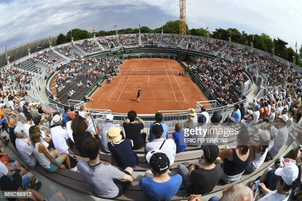 TOPSHOT A photo shows a general view of Court 1 during the qualification round match between Luxemburg's Gilles Muller and Spain's Guillermo...