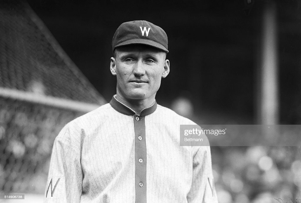 4/12/1916OPENING GAME OF THE NEW YORK AMERICANS AND THE WASHINGTON SENATORS Photo shows Walter Johnson of the Washington Senators