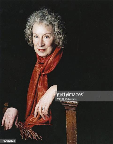 Photo studio Margaret ATWOOD