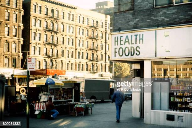 Photo taken in NOvember 1978 in New York shows a health foods restaurant / AFP PHOTO /