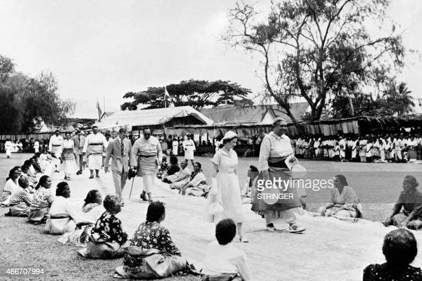 Photo taken on December 29 1953 in Nukualofa shows Britain's Queen Elizabeth II and Salote Queen of Tonga protected state under a Treaty of...