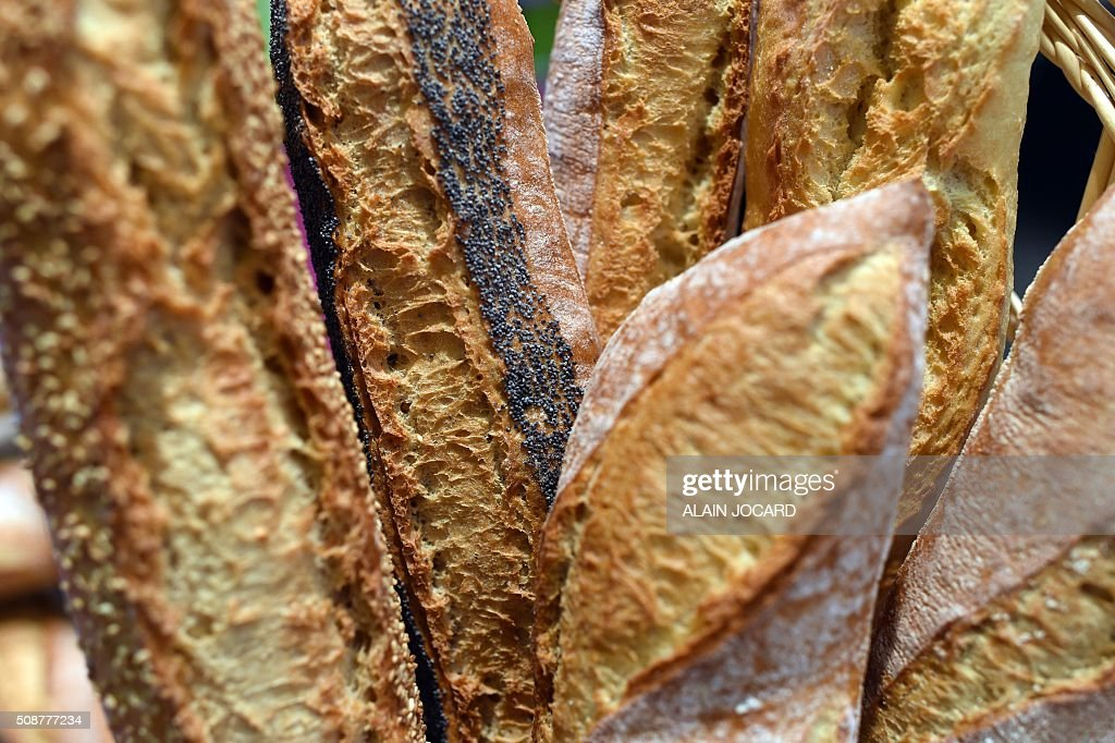 A photo taken on February 6, 2016 shows bread during the 'Europain' fair, on February 6, 2016, in Villepinte near Paris. / AFP / ALAIN JOCARD