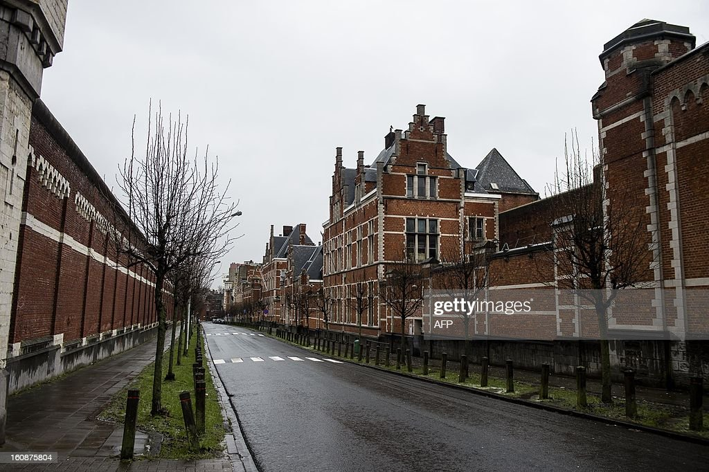 A photo taken on February 7, 2013 shows the prison of Forest-Vorst in Brussels during a 24-hour strike of prison wardens in all Belgian prisons. AFP PHOTO / BELGA / NICOLAS LAMBERT - BELGIUM OUT -