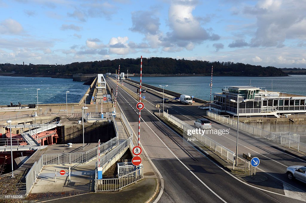 A photo taken on November 28, 2012 shows a road on a bridge built on the external part of the La Rance tidal-turbine power plant in La Richardais, western France.